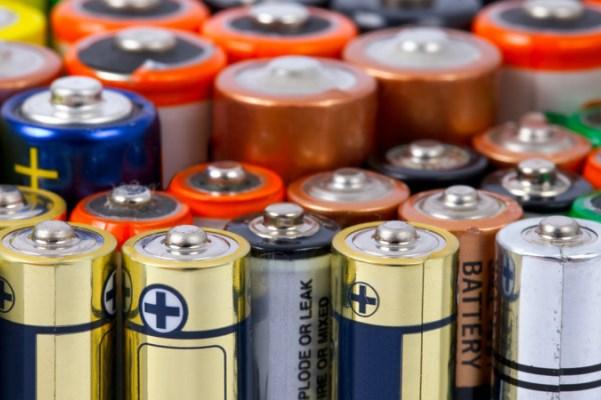 Возле «Ленты» целую неделю будут принимать старые батарейки #Новости #Общество #Омск