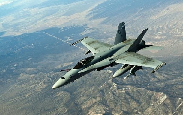 В Индии потерпел крушение военный самолет