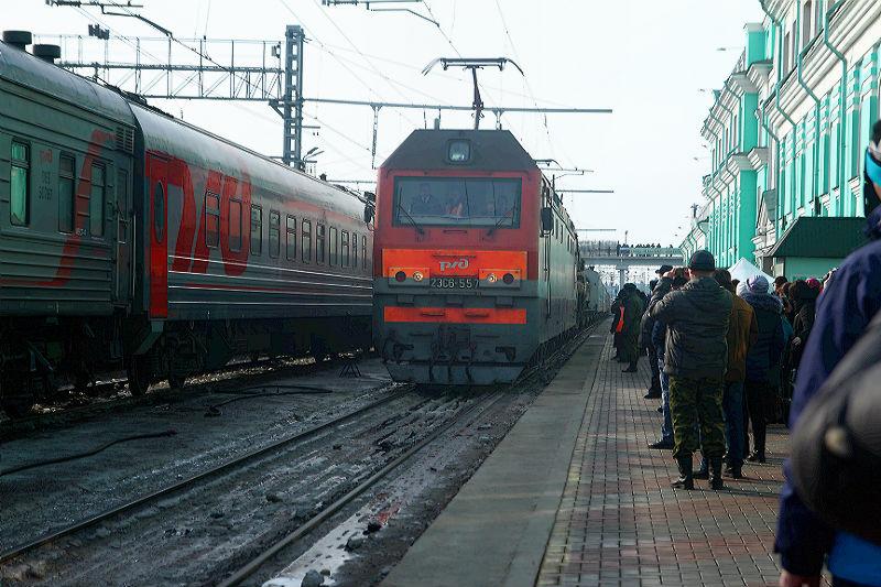 Омич решил пройти по ж/д путям, но его сбил поезд #Омск #Общество #Сегодня