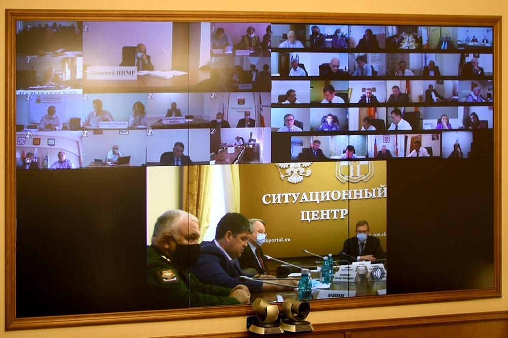 В Омской области сохранили ограничения при заполнении кинотеатров и спортзалов #Омск #Общество #Сегодня