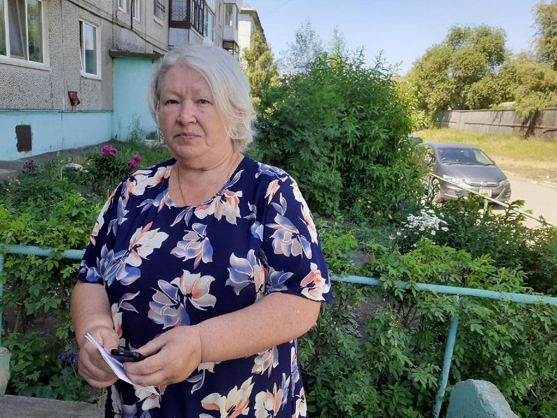Фадина проверила восстановление крыши сгоревшей многоэтажки в Нефтяниках #Новости #Общество #Омск