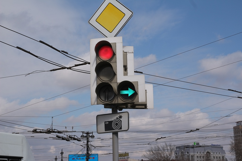 Улицу Волгоградскую в Омске хотят избавить от пробок за счет светофора #Омск #Общество #Сегодня