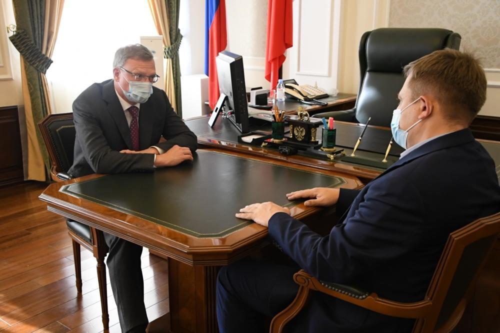 Бурков встретился с лидером омских эсеров #Омск #Общество #Сегодня