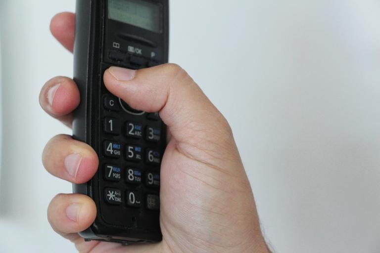 Омичка доверилась голосу в телефонной трубке и потеряла полмиллиона рублей #Новости #Общество #Омск