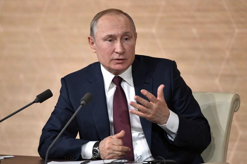 Стало известно, из-за кого Путин ушел на самоизоляцию #Омск #Общество #Сегодня