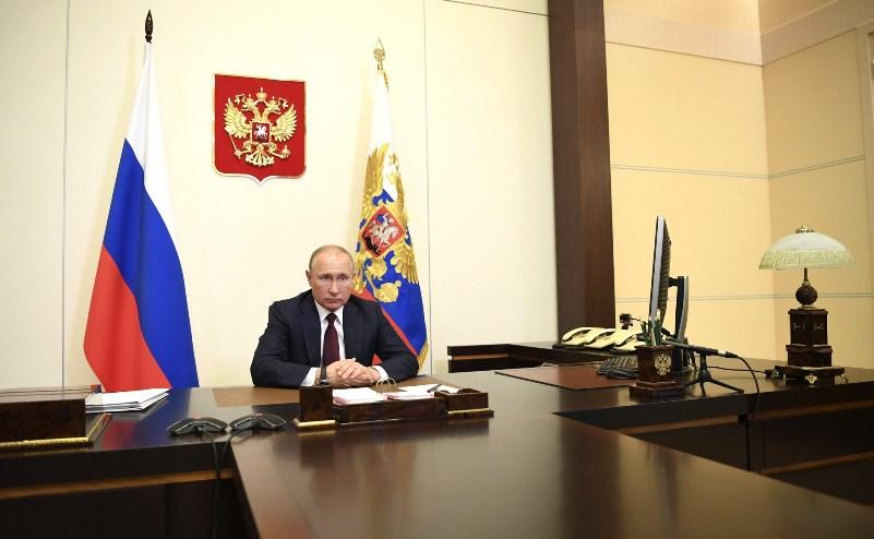 Путин ушел на самоизоляцию из-за коронавируса #Омск #Общество #Сегодня