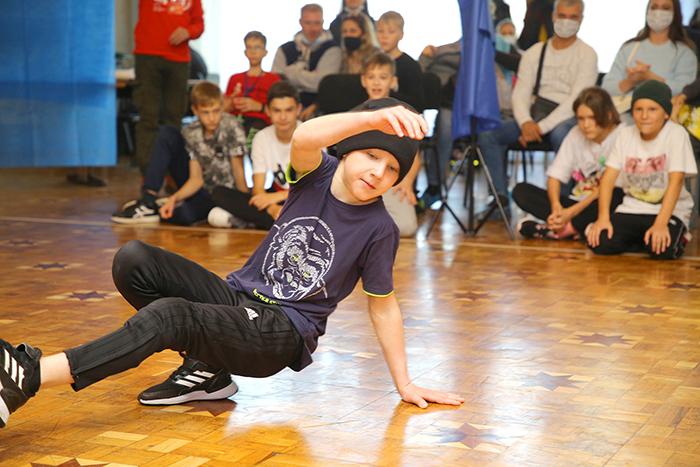 Омский НПЗ поддержал региональный чемпионат по современному брейк-дансу #Новости #Общество #Омск