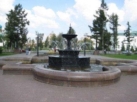 Фонтан на улице Тарская (Омск)