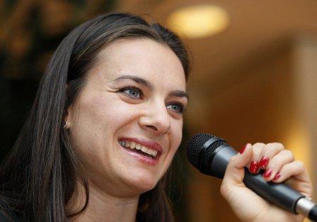 Елене Исинбаевой удается совмещать несколько «ролей»