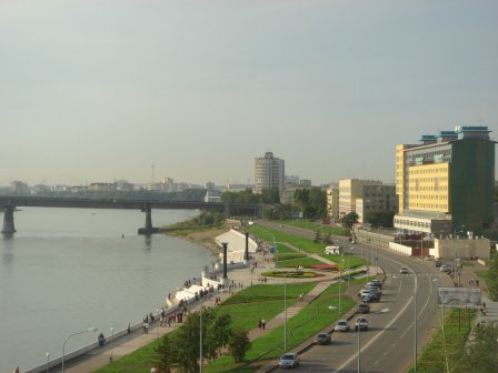 В Омске совершили наезд на велосипедиста.