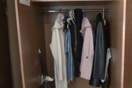 Омич вскрыл аптеку и спрятался в шкафу от полиции.