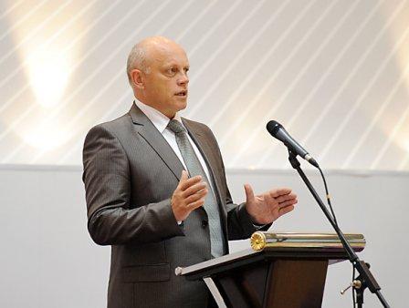 Назаров намерен провести саммит в областном центре