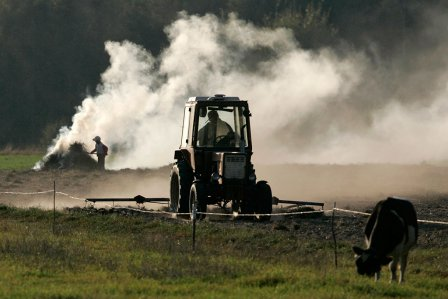 Работники агросферы готовятся к зимнему периоду.