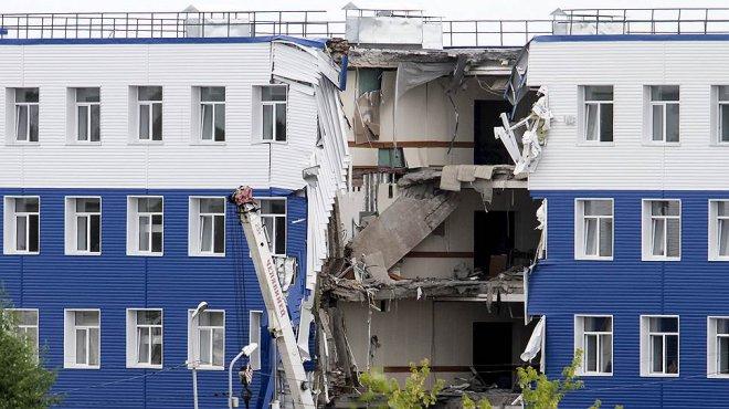 Обрушение казармы в Омске: Начальник центра уже признал частично свою вину.
