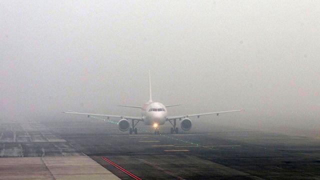 В Омске из-за тумана задержано несколько рейсов