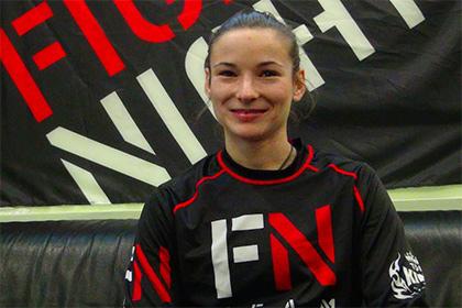 Украинка проиграла первый бой в UFC