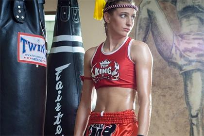 Против устроившей стрельбу чемпионки мира по тайскому боксу возбудили дело