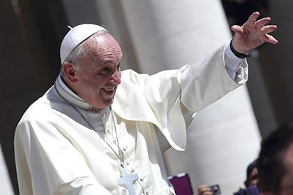 Папа Римский разрешит священникам прощать аборты в течение года