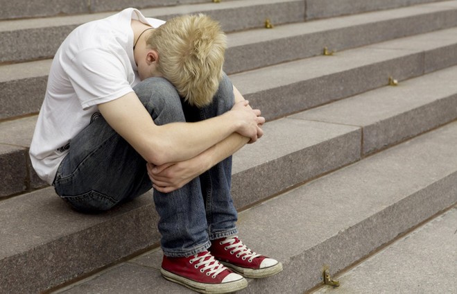 В Омске 16-летнего подростка могут посадить на пять лет за кражу денег из магазина