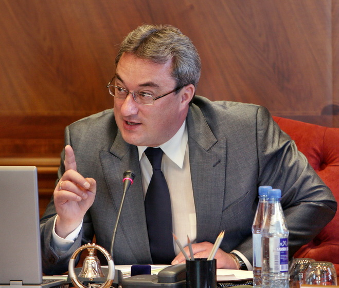 «Руководил преступной группировкой»: следователи задержали главу республики Коми