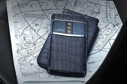 Vertu выпустила самый мощный смартфон с сапфировым стеклом