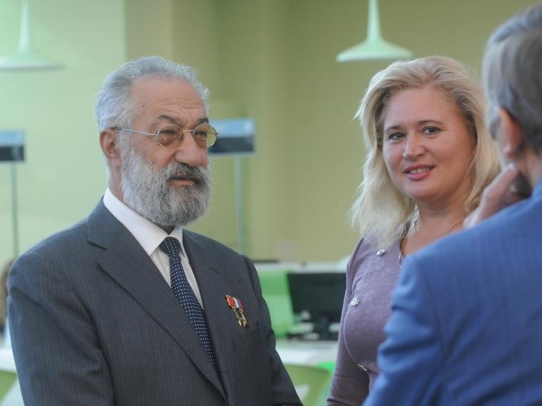 Чилингаров посоветовал Назарову никому не отдавать арктическую выставку