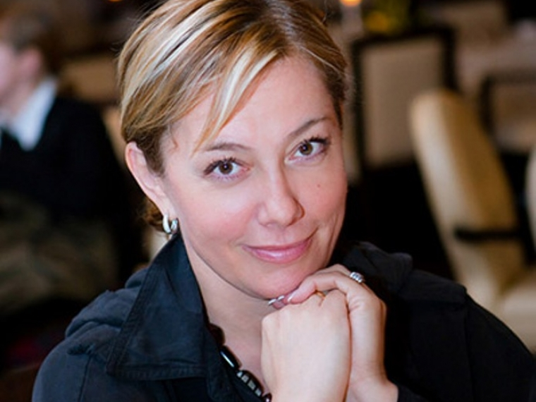Ведущая Арина Шарапова пообщается с омичами в эфире «12 канала»