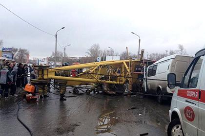 По делу о падении башенного крана в Омске задержаны три человека