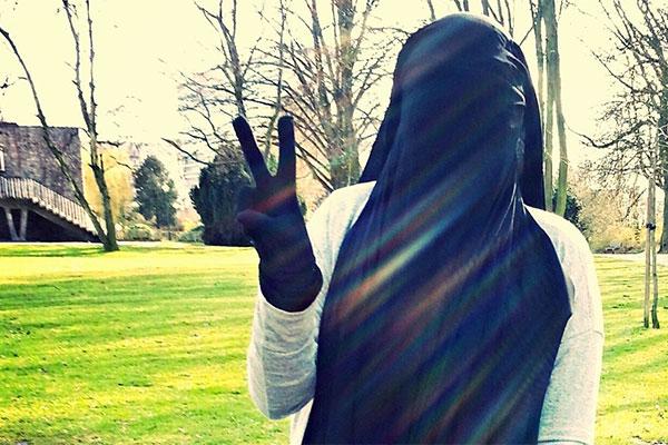 История неудачной вербовки 18-летней девушки в ряды «секс-джихадисток»: Люди: Из жизни: