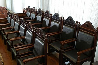 Президент России предложил укрепить роль присяжных заседателей
