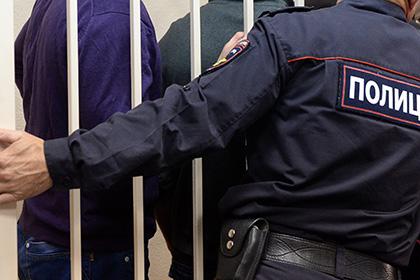 Сибирский школьник забил приемную мать битой за претензии к оценкам