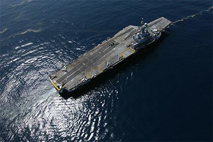 Олланд отправил «Шарль де Голль» в Персидский залив