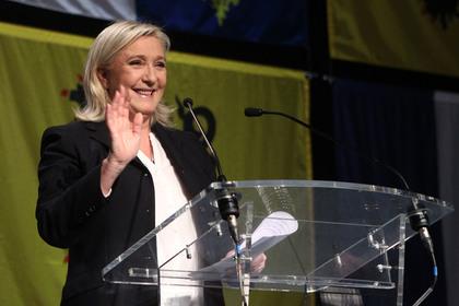 Экзит-полы предсказали победу партии Ле Пен на региональных выборах во Франции