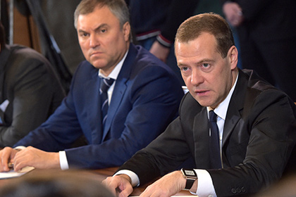 Медведев впервые встретился с активистами ОНФ