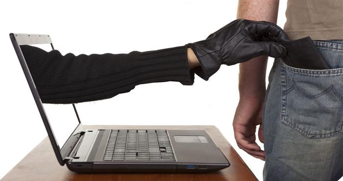 Жительница Омска лишилась 137 тысяч рублей из-за интернет-мошенников